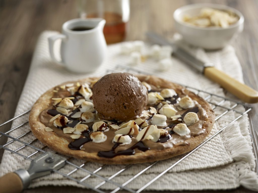 optimized-nutty-cioccolato-pizza-w-gelato